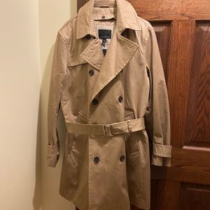 NWT BR Trench Coat